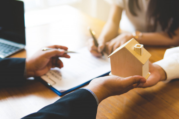 conveyancer and property lawyer